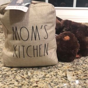 Rae Dunn MOMS KITCHEN Weighted door stopper